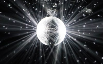 Childhood Shorts – Chapter 16: Boogie with a Disco Queen